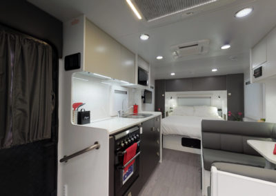 2019 INNOVATION 550 KITCHEN