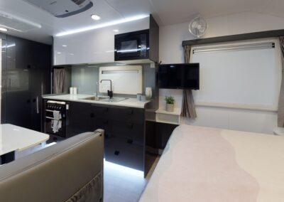 22CR20X-C6930-Kitchen